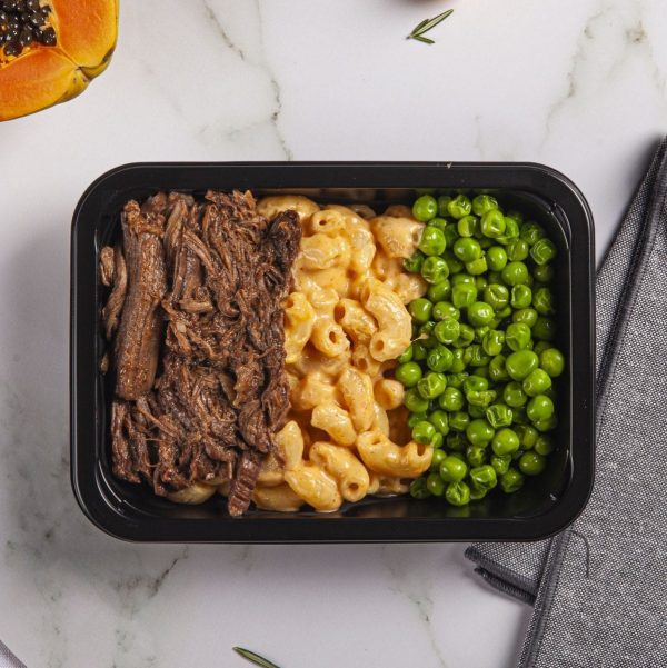 Smoky Pulled Beef with Mac and Cheese